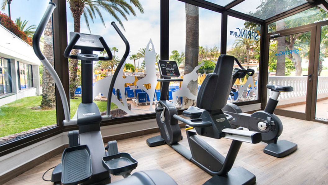 You can control the temperature within the gym, allowing you to enjoy your training session to the max.